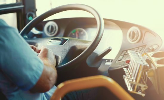 バス運転手になるための免許資格ってどれぐらい難しい?転職はしやすい職業かどうか